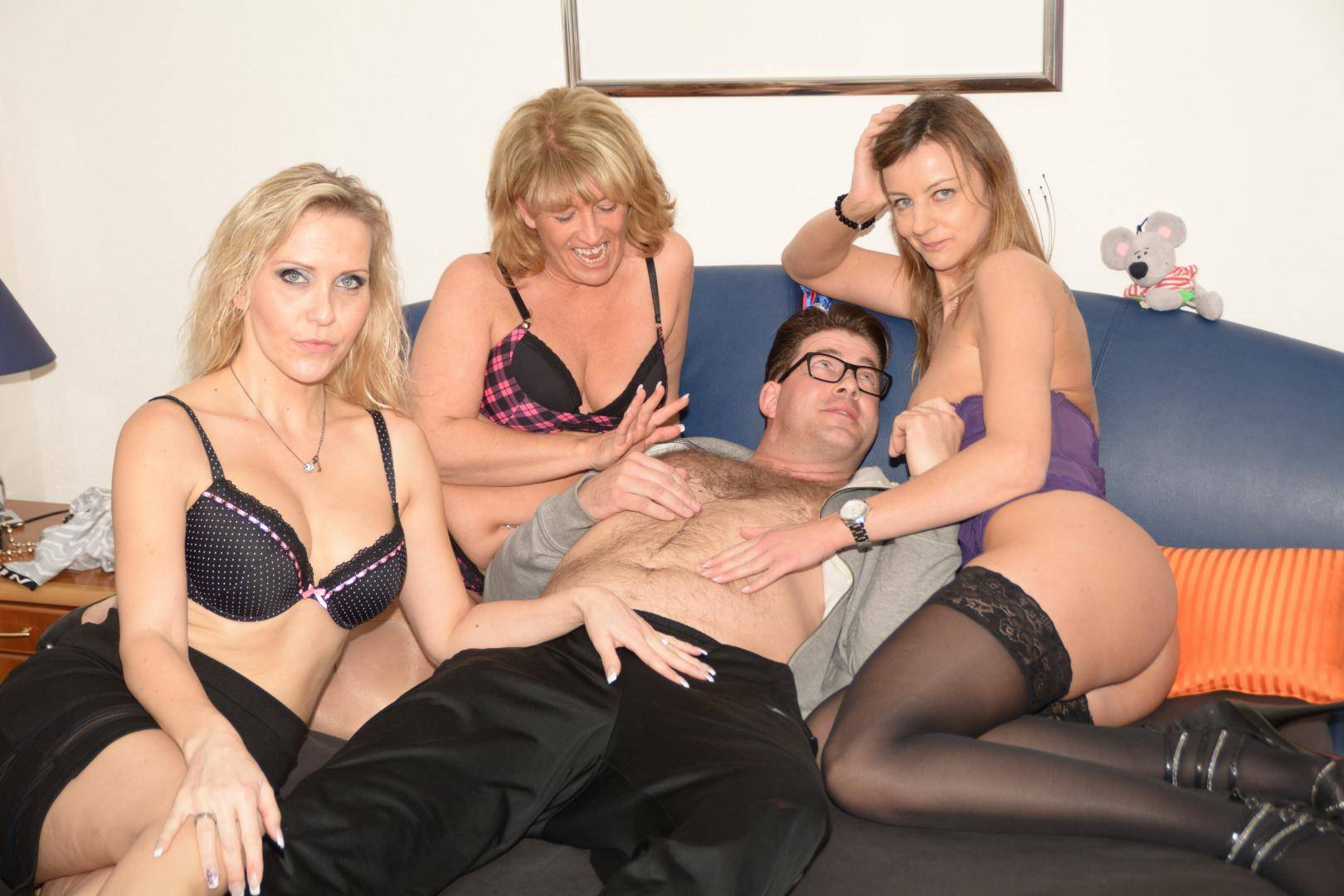 Casting Couch Hd Reife