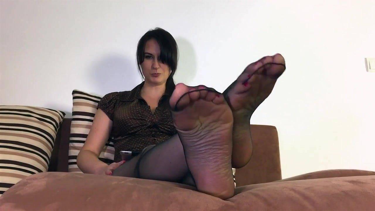 Smelling moms feet