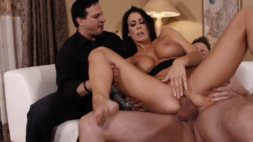 Wife gets creampie
