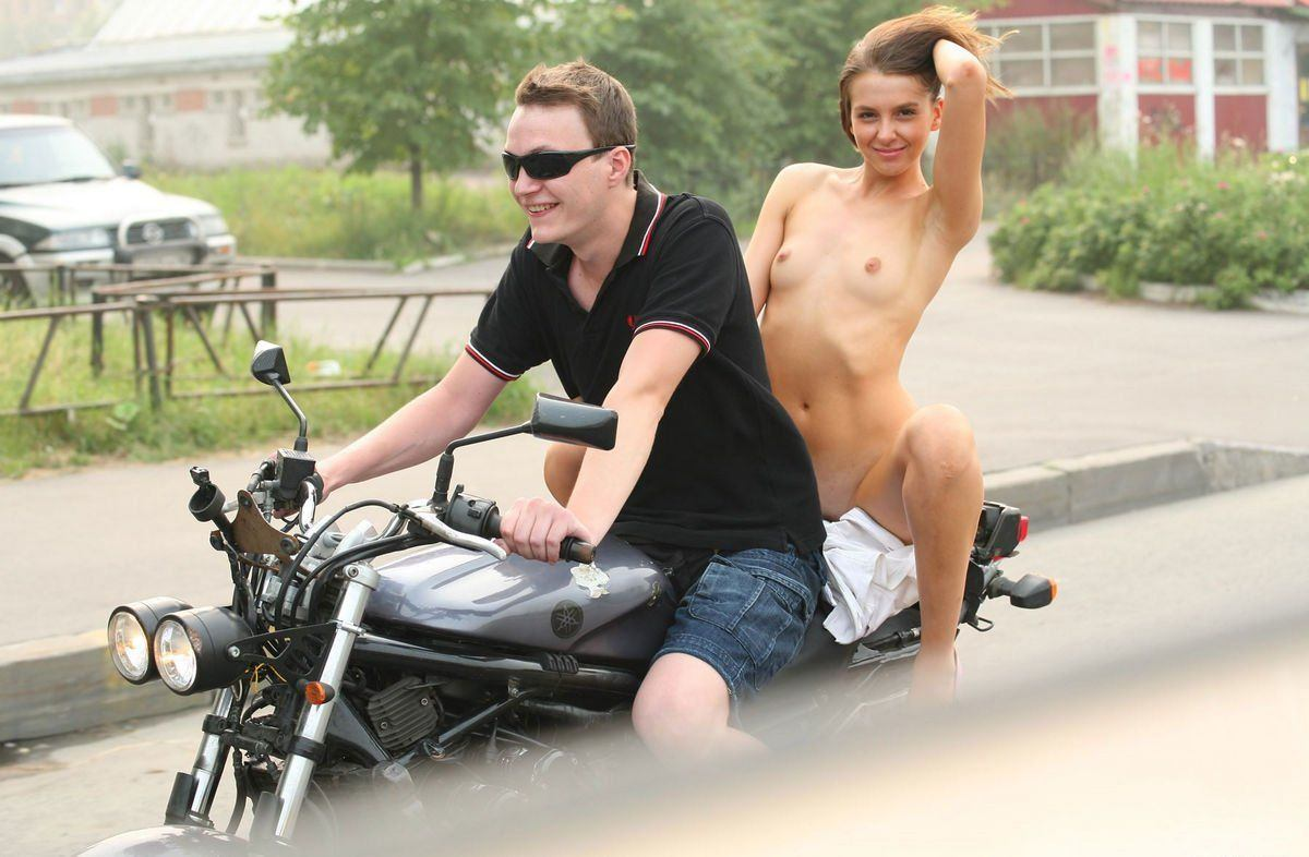 Nude girl on sportbike