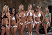 2006 bikini contest pic