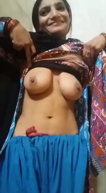 Nude beaches for girls with shaved vaginas
