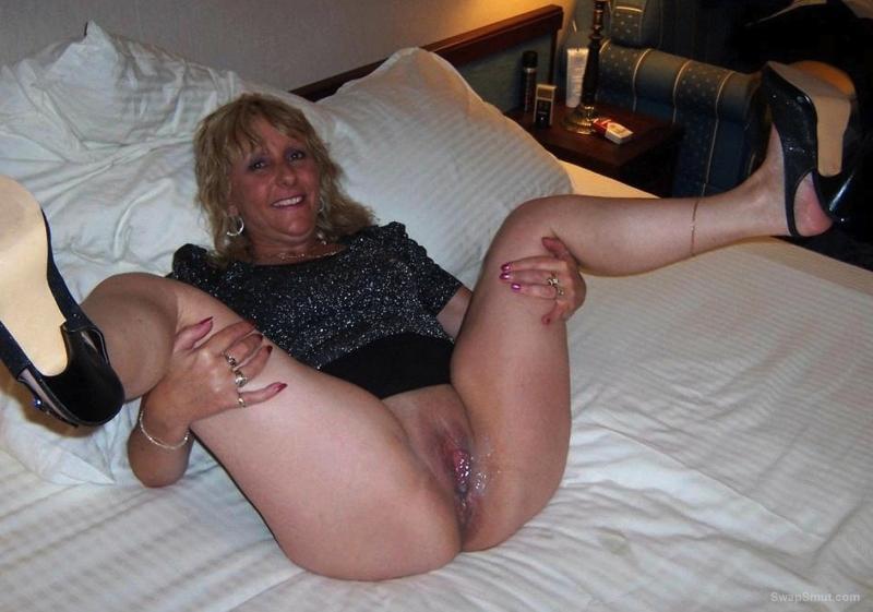 Mature Women Cum