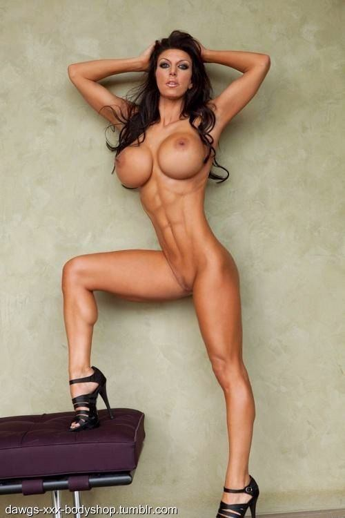 Sexy fitness babe tits