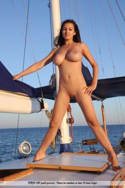 Naked amateur women sailing