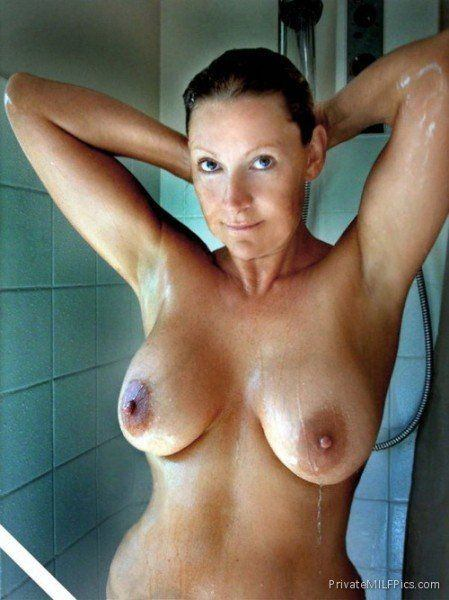 Nude sexy milf Hot Naked