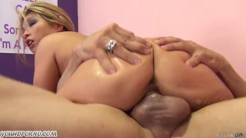 Twinkle T. reccomend Freckled blowjob milf