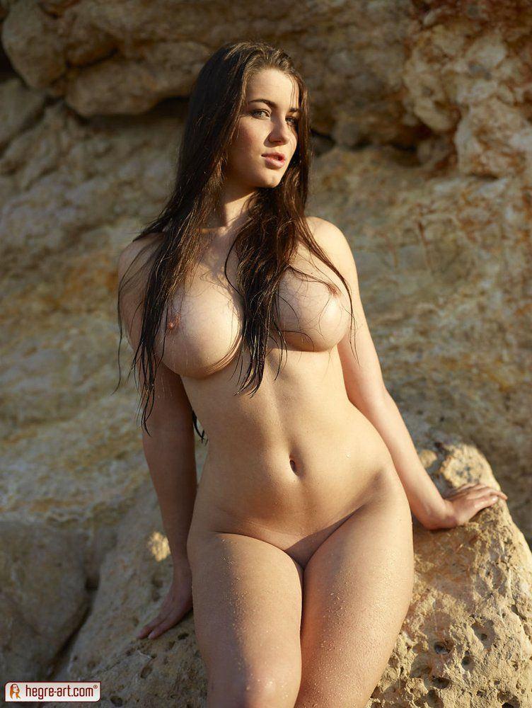Nerdy naked girls nuas