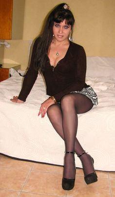 Crossdresser pantyhose page