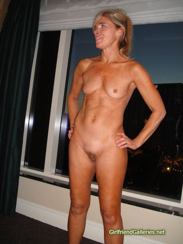 Flat chested slut mpegs nude gallery