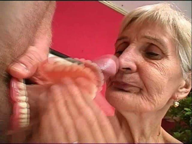 Watch older women giving blow jobs