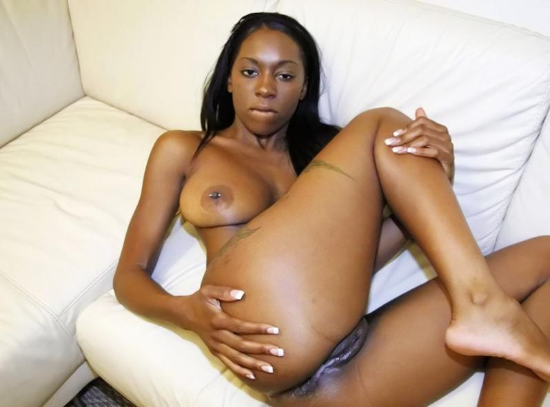 Tetra reccomend Milfs show there pussy