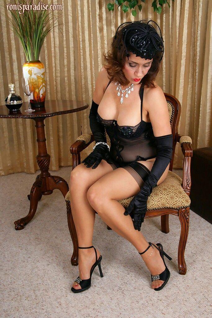 Mature milf legs stockings handjob videos