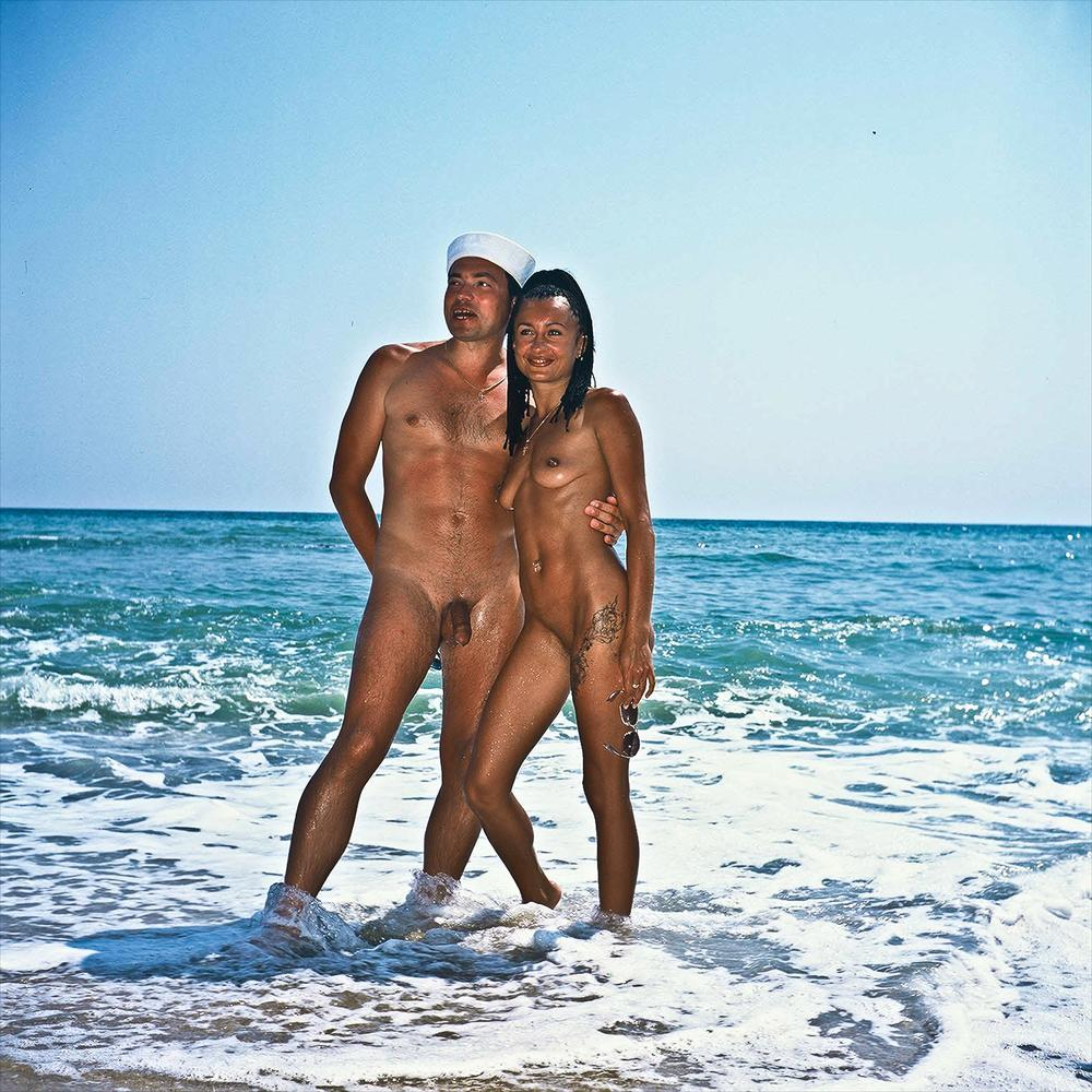 Count reccomend Nude beaches for girls with shaved vaginas